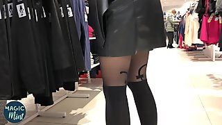 CHANGING ROOM SPY IN WOMEN CHANGING ROOM FUCKS A BLONDE TEEN IN PUBLIC